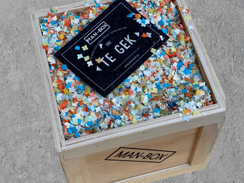 Concrete-Confetti-Cadeaubox-Man-Box