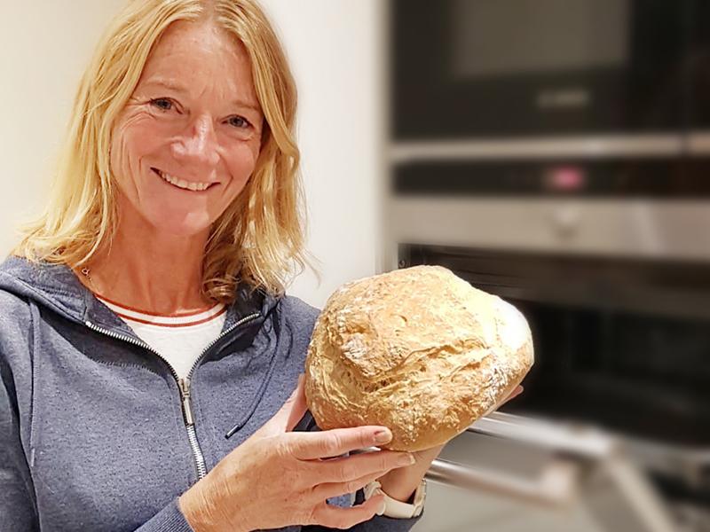 Mascha - trotse thuisbakker Marije Bakt Brood