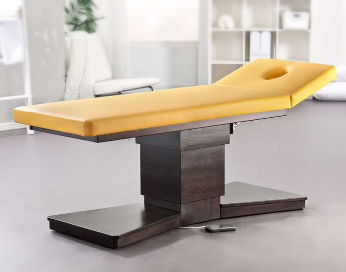 Golden Falke Massagetafel