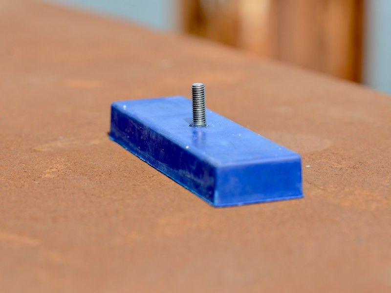 One blue pipe support magnet