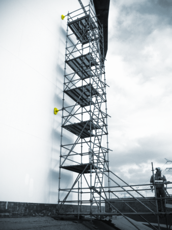 Scaffold build with Controlock® scaffold anchor