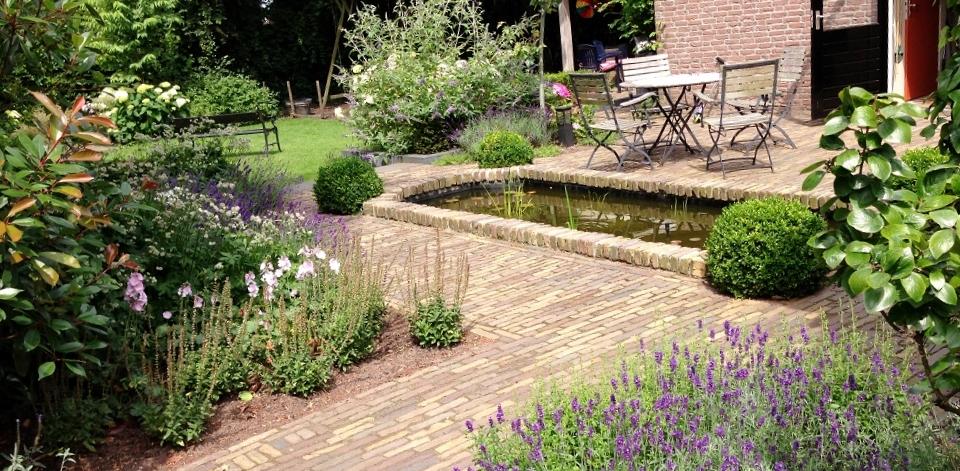 exclusieve tuin in de regio almelo moderne tuinen