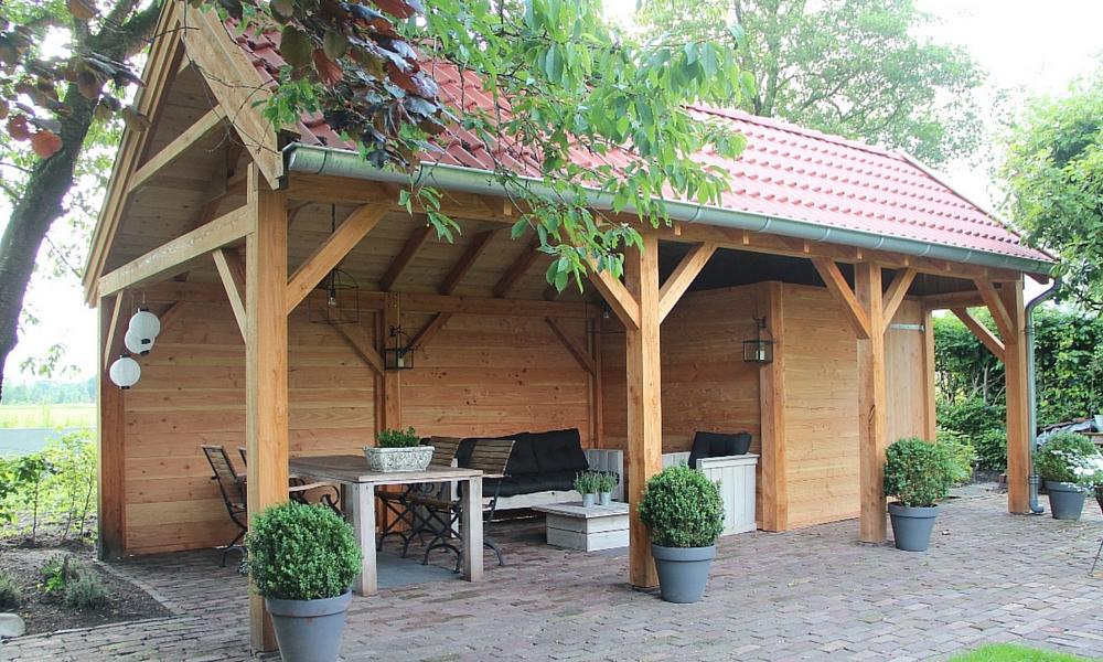 Overdekt tuinplezier ga voor een terrasoverkapping - Overdekt terras in hout ...