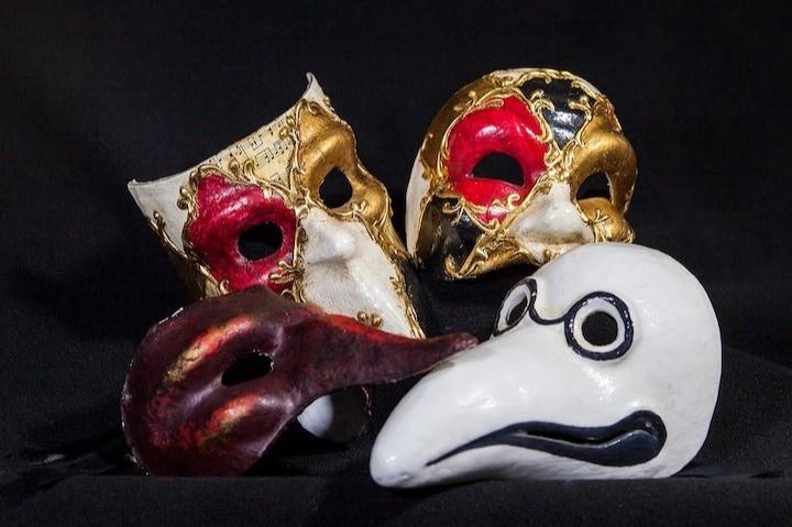 Maskerspel werd vroeger gebruikt als vorm van vermaak