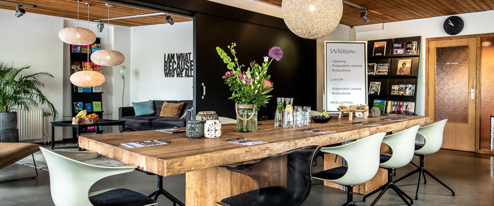 Hoe gaat het nu met Monique Roeg en Jacintha Ruppert van de Amstel tafel?