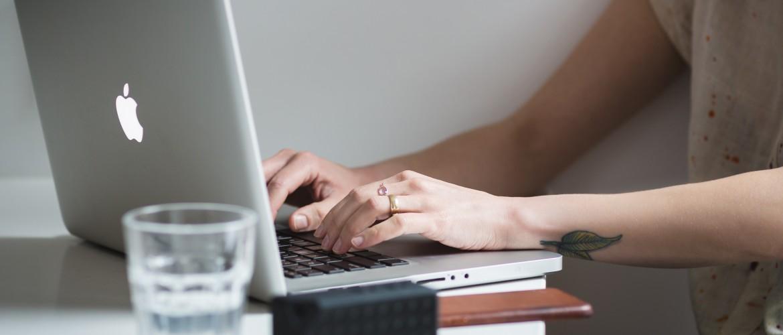 Digital Nomad Job: wat doet een zelfstandig PR-adviseur (+ 10 PR-tips!)