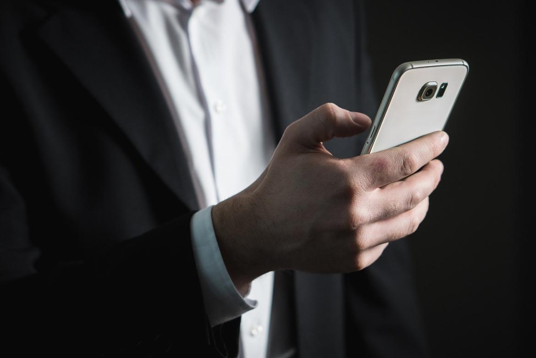 werkmail-checken-op-je-telefoon-2