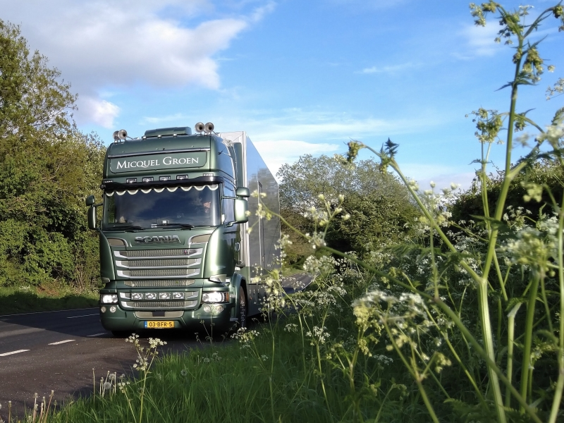 Own Micquel Groen lorry delivery service.