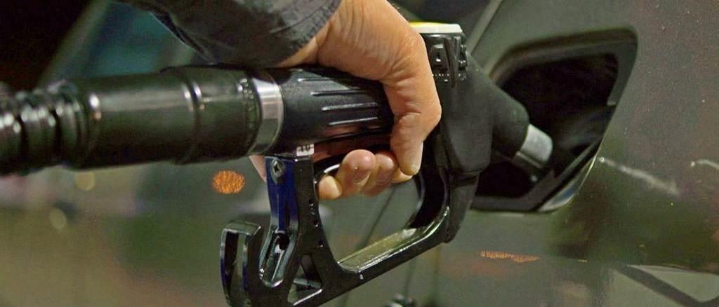 eerste auto kopen brandstof