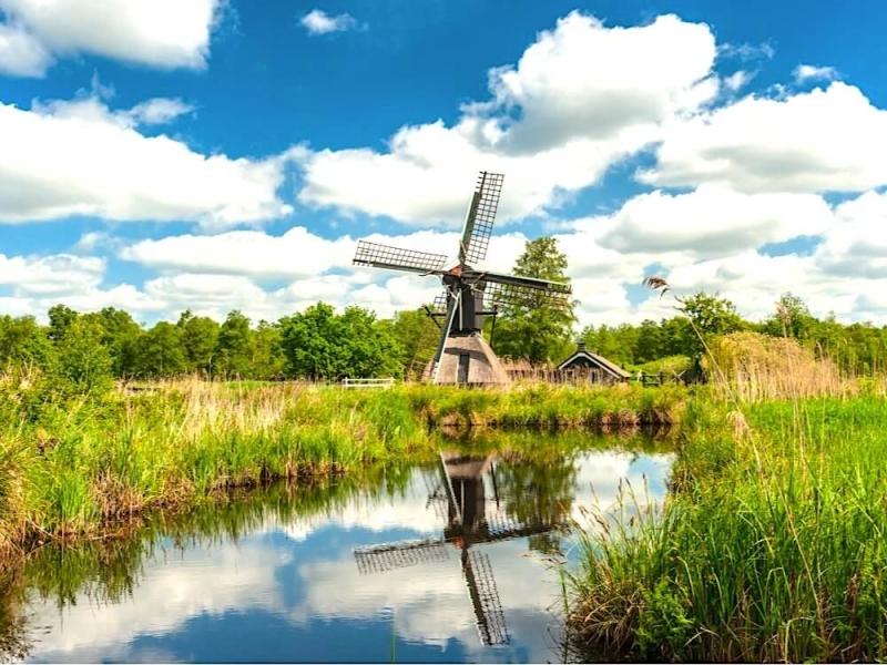 MijnVakantiehuisJouwVakantiehuis.nl Waterstaete 60 omgeving 1