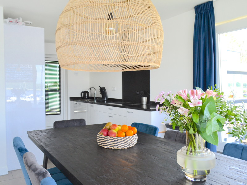 Villa Meerzicht Blvd 6 MijnVakantiehuisJouwVakantiehuis.nl keuken