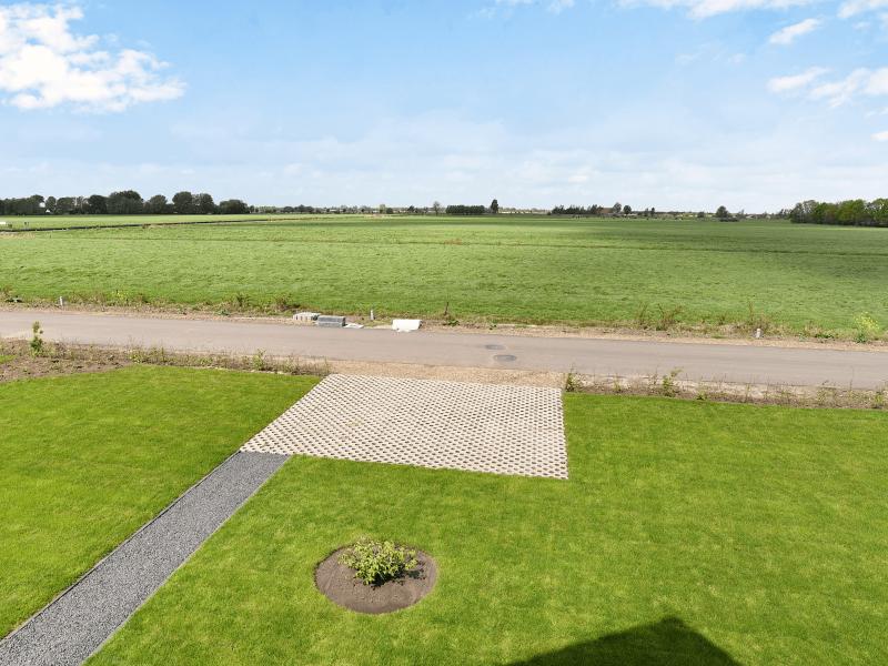 Waterstaete Ossenzijl 60 MijnVakantiehuisJouwVakantiehuis.nl parkeerplaats