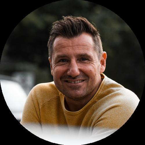 Milan Somers, business & zingevingsmentor helpt jou aan meer zelfvertrouwen.