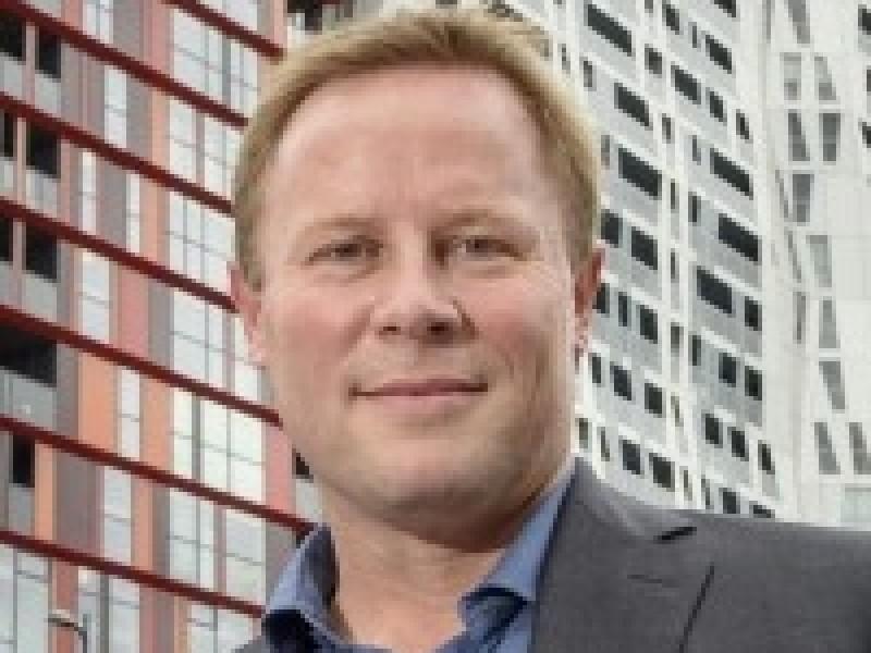 Millennial Lift Dirk van Uffelen
