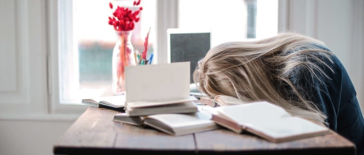Chronic fatigue due to stress: a siren without sound