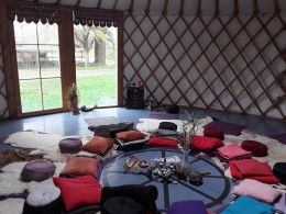 meditatie mindfulness rust stilte ruimte