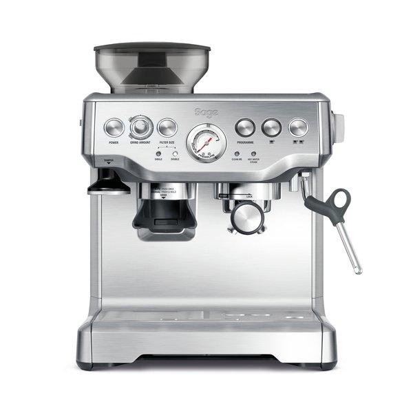 barista express machine a cafe
