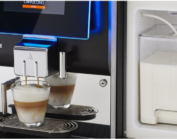 Melk bij Animo OptiMe professionele koffiemachine