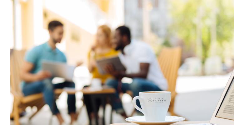 koffiebar versus koffie op het werk