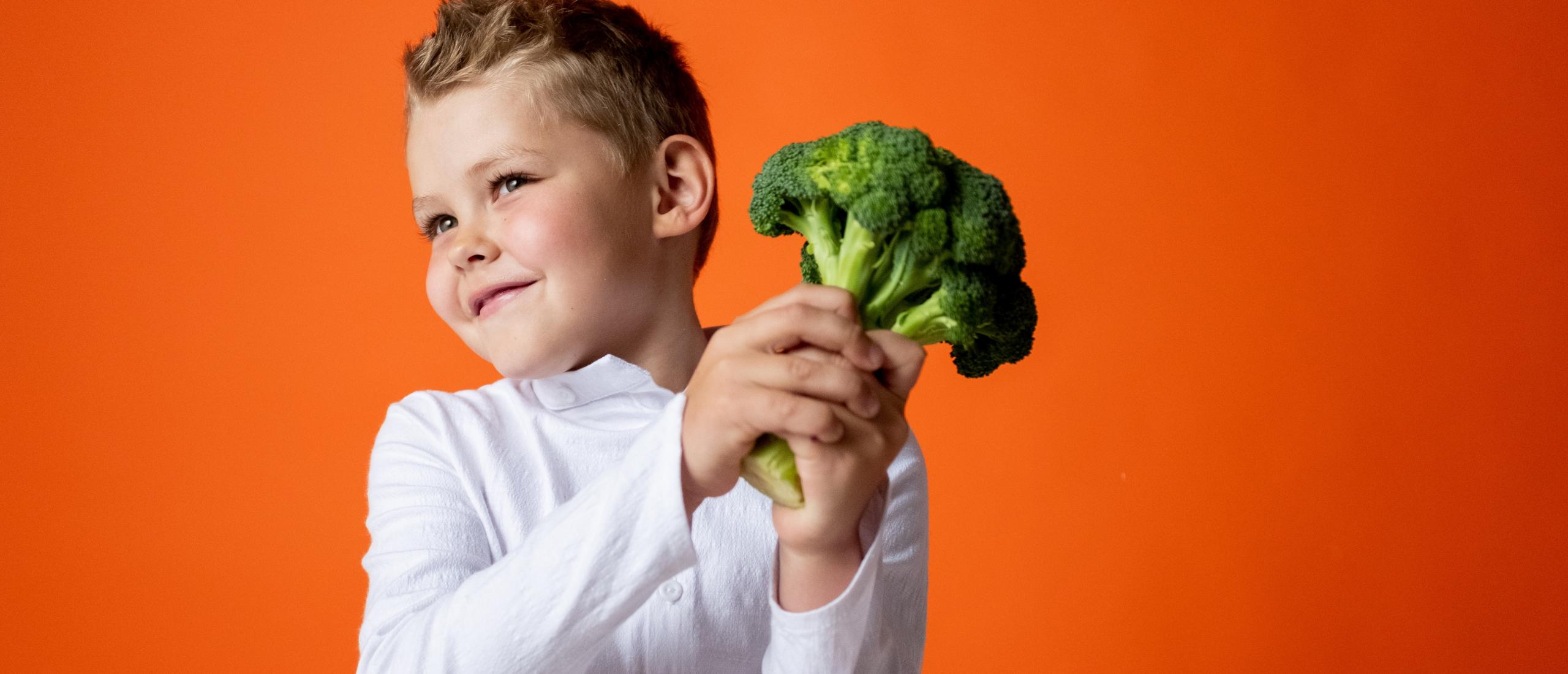 Broccoli, Voedingsfeiten, Gezondheidsvoordelen en Recepten