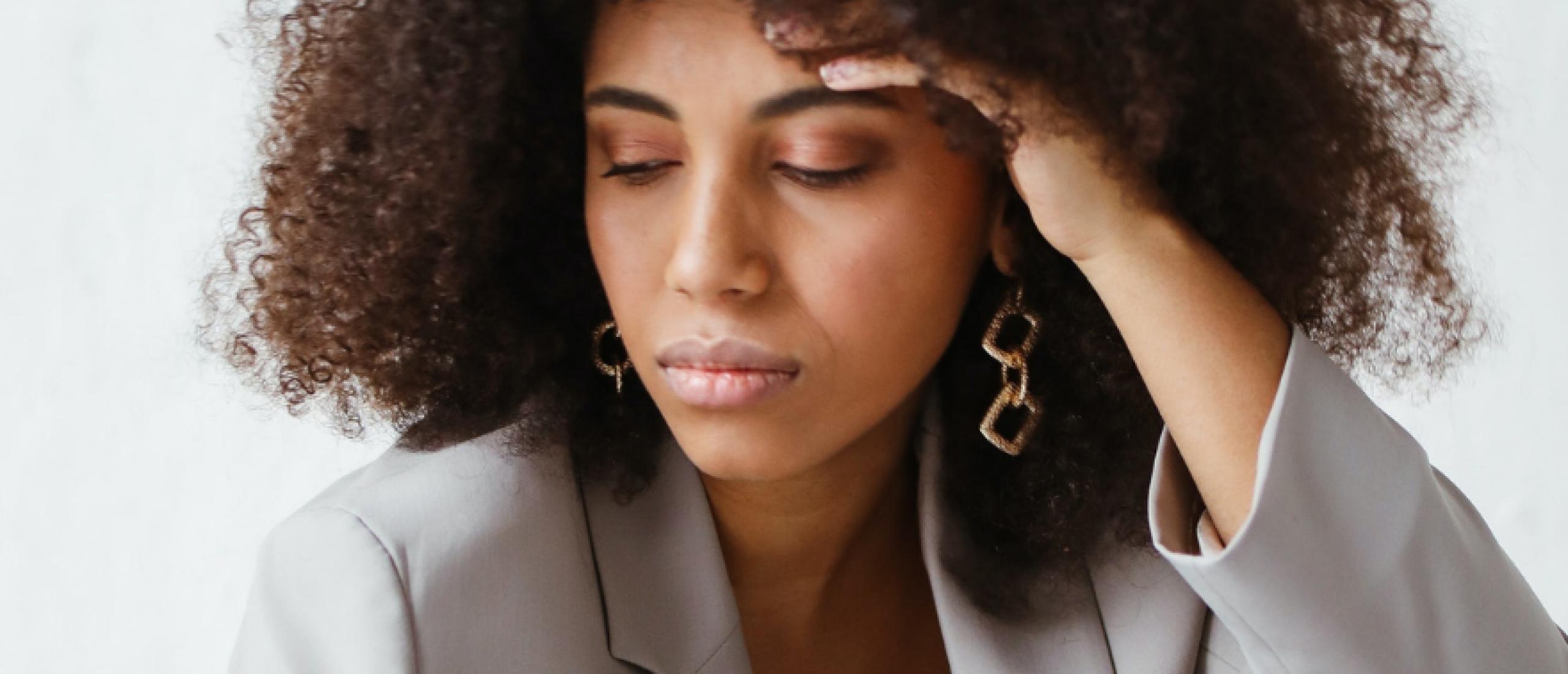 Stress en Hoofdpijn | Symptomen, Oorzaken en Oplossingen