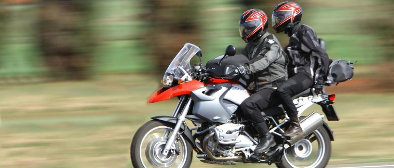 Waar op letten bij een motor intercomsysteem kopen?