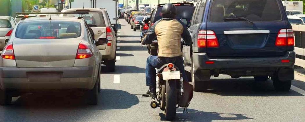 Positie op de weg als motorrijder