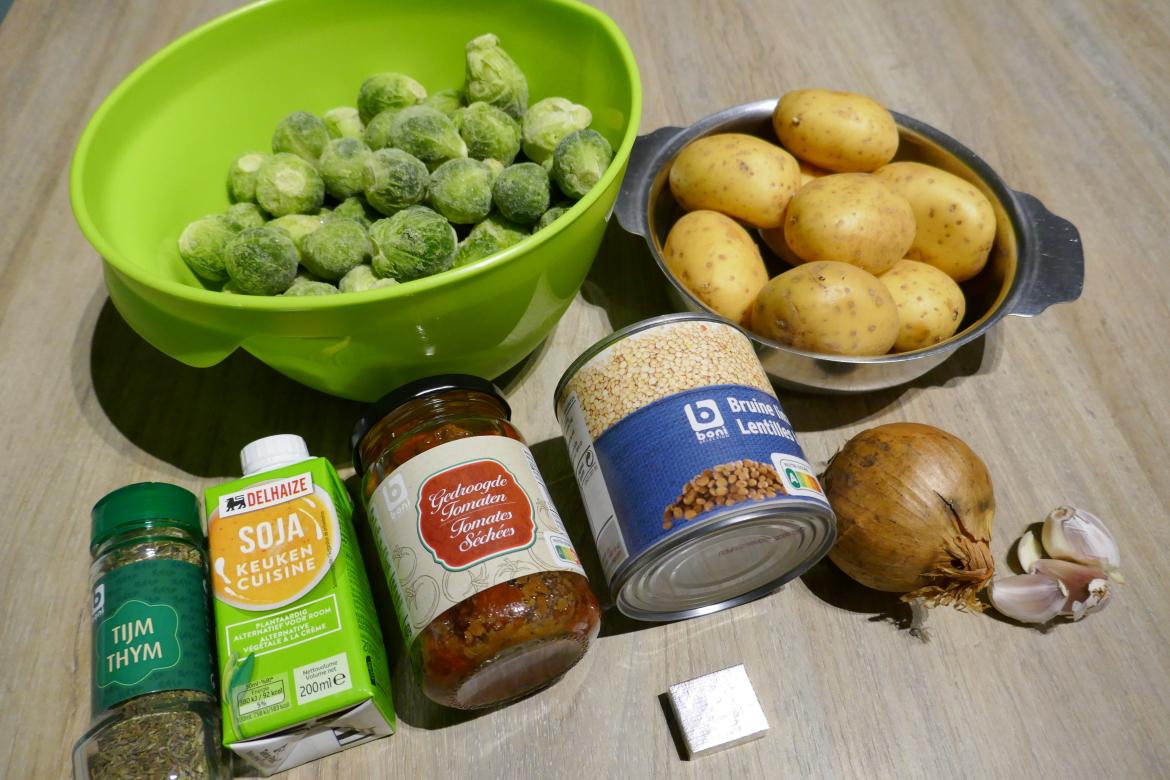 ingrediënten stoofpot met linzen en spruiten