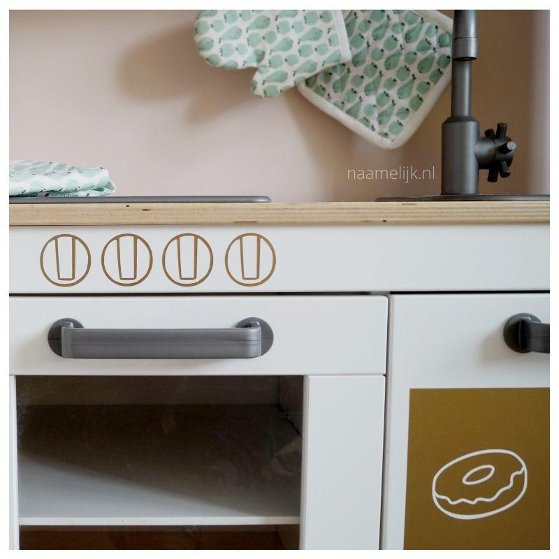Ikea keukentje pimpen zonder verf - ovenknopjes
