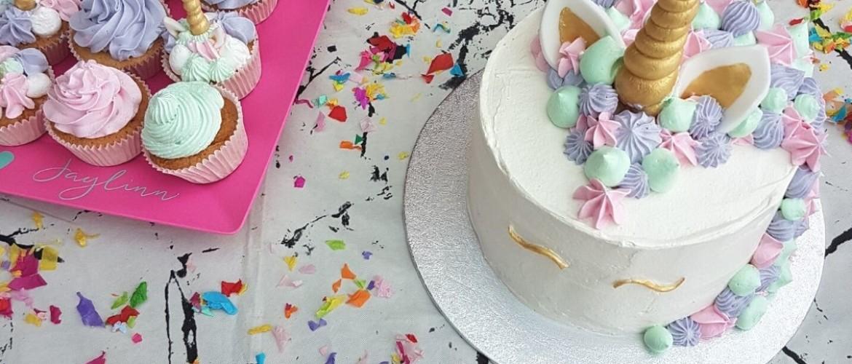 Unicorn feest met pastelkleurige decoratie