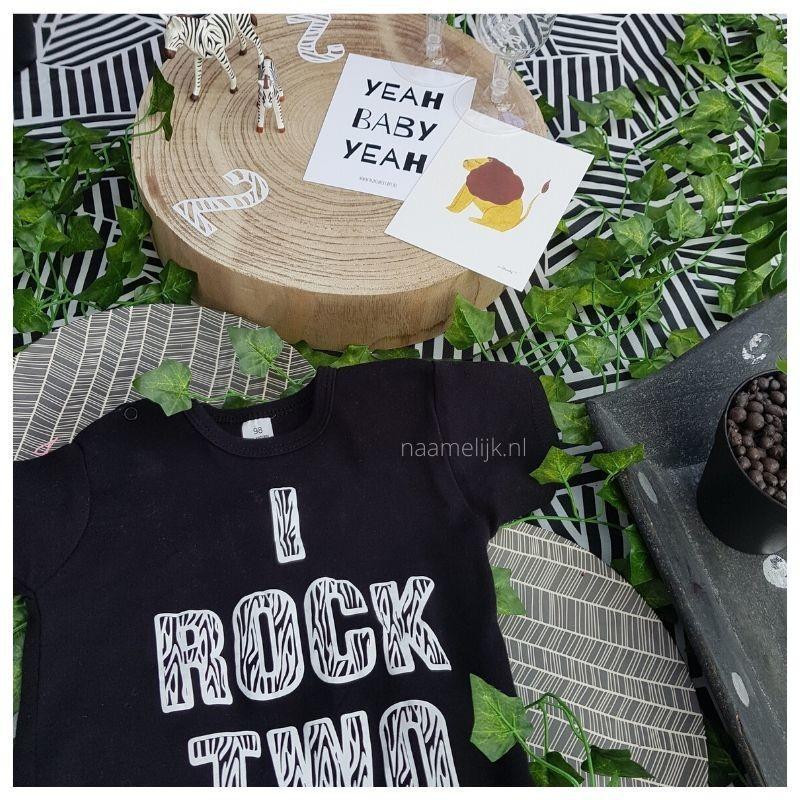 Themafeestje zebra sticker op taartplateau shirt