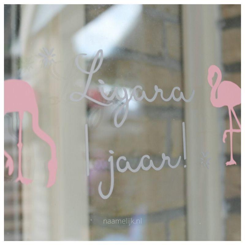 Eerste verjaardag decoratie raamsticker flamingo