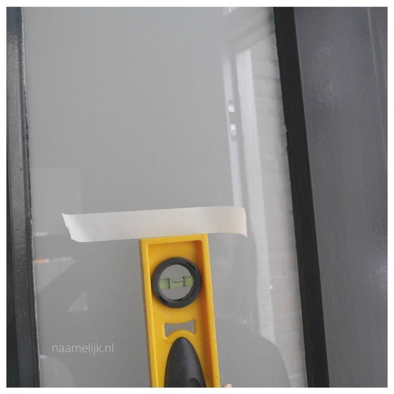 Voordeur pimpen met voordeurstickers afmeten