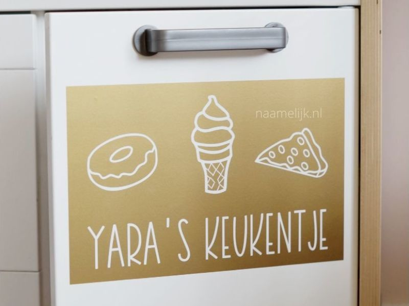 Pimp je Ikea keukentje met stickers