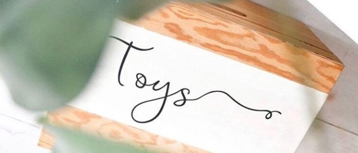 Pimp je speelgoedkist met een gepersonaliseerde sticker