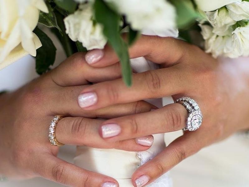 hoe gaaf zien jouw nagels eruit op je trouwfoto's? nagelstudio assen