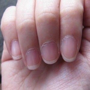 perfecte handen die schitteren tijdens je bruiloft en op de foto;s van je handen - nagelstudio assen drenthe