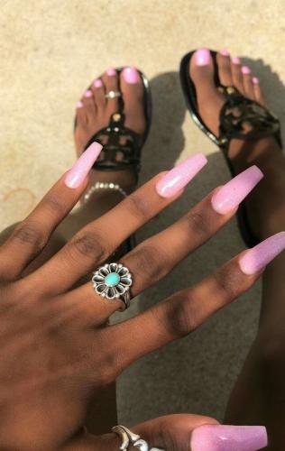 als je gaat trouwen wil je dat je nagels er perfect uitzien en dat creëert Sabine mus van nagelstudio assen