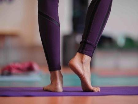 ga je naar de sauna of de yoga, schaam je dan niet voor je tenen