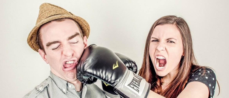 Video bokswedstrijd tussen Facebook Watch & YouTube – welke is jouw favoriet?