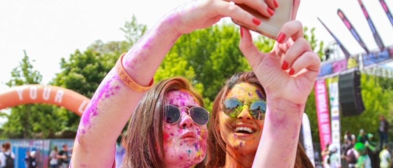 4 tips om een feestje te maken op je social media accounts