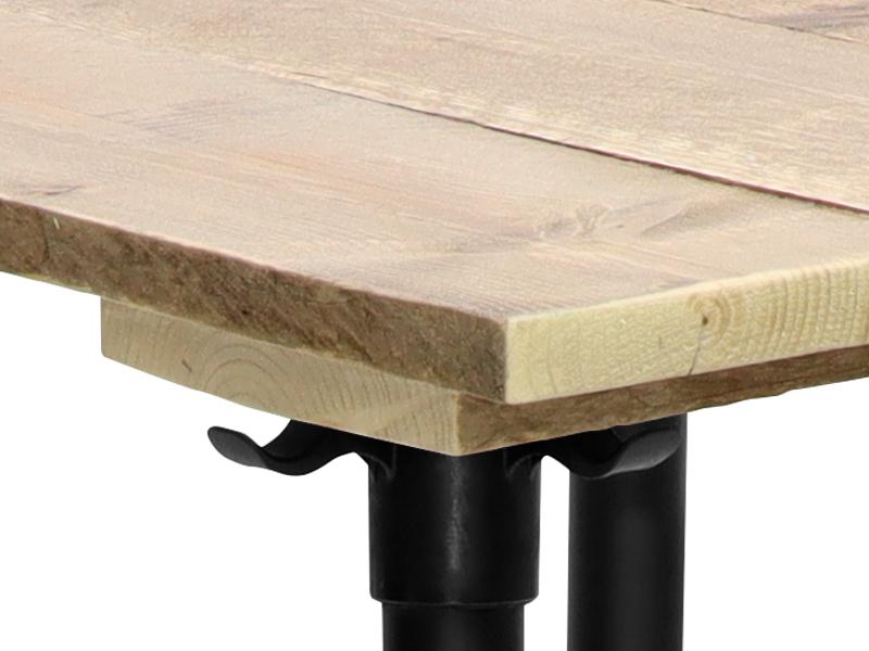 Bartafel met tafelblad van dennenhout
