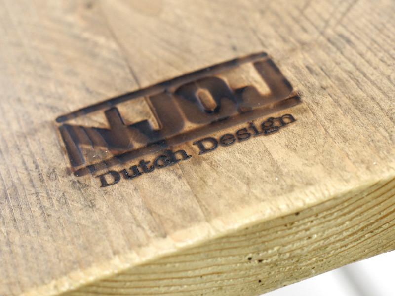 detail-tafelblad-dennenhout