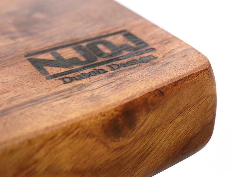 detail-tafelblad-notenhout