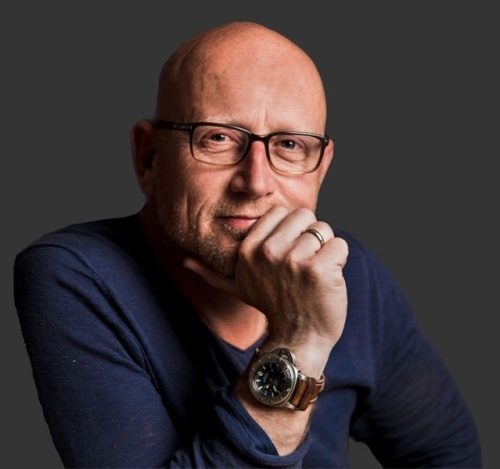 ontwerper-paul-van-hoeven