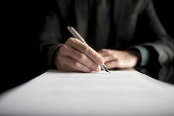 Huis zelf verkopen stappenplan tekenen bij notaris