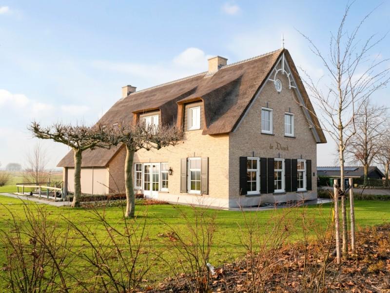 Complete woning in landelijke stijl