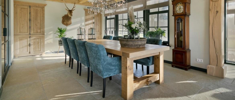 Landelijke eetkamer, welke stoelen kiest u?