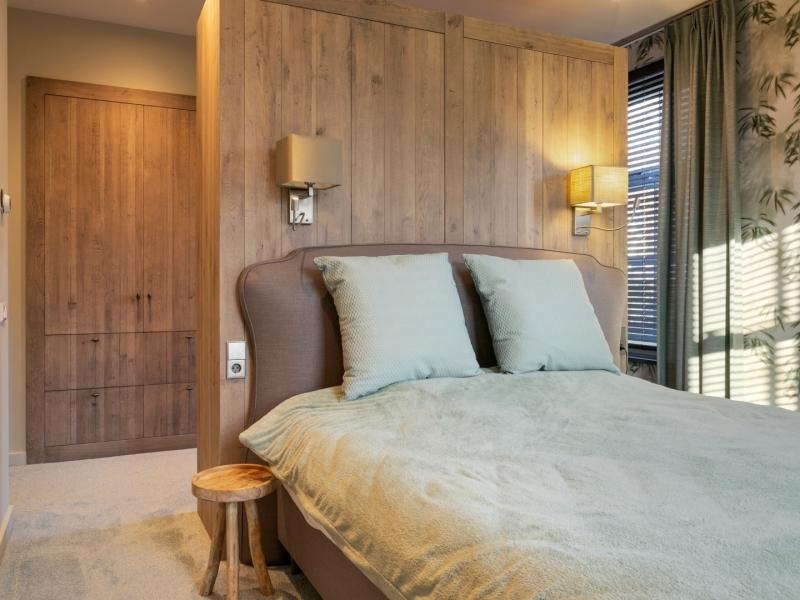 Nachttafeltje landelijke slaapkamer