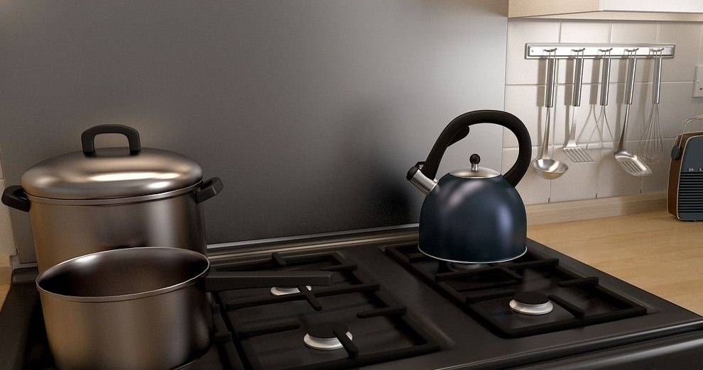 Achterwand keuken rvs of aluminium